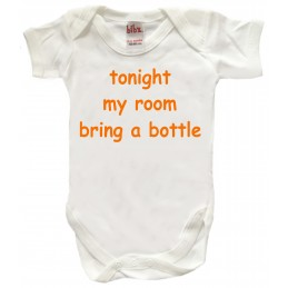 TONIGHT MY ROOM BRING A BOTTLE